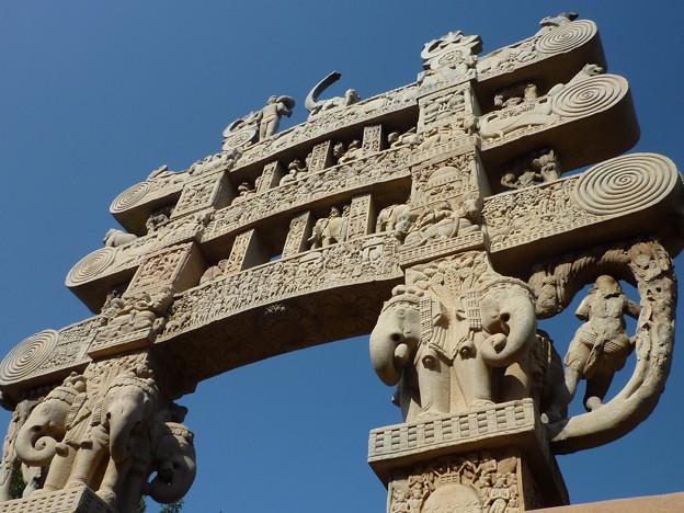 第1塔北塔門~珠玉の仏教彫刻  Northern torana