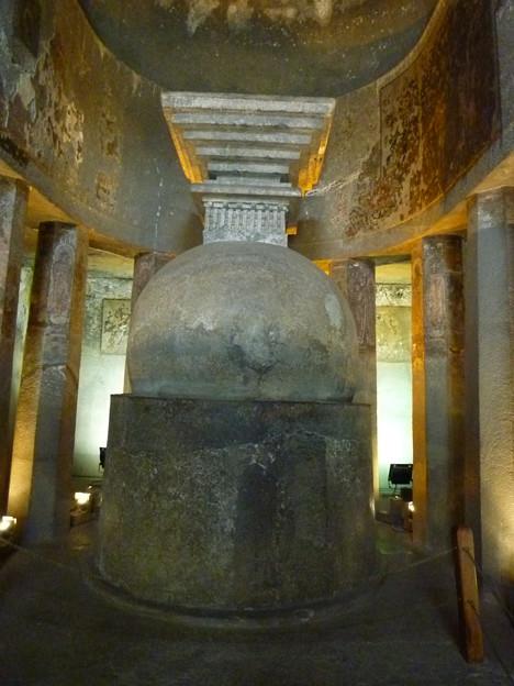 アジャンター第9窟ストゥーパ Simple Stupa,Ajanta cave