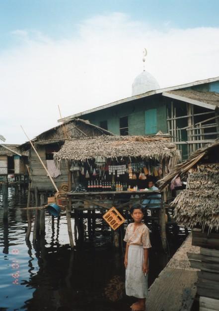 フィリッピン 水上部落のカフェ Water Village,Philippines