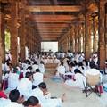 写真: 満月祭の祈り Navam Full Moon Poya Day