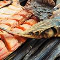 写真: 干物と燻製 Dried Fish & Smoked Fish