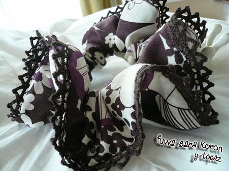 レースの縁飾りシュシュ 紫にお花 3