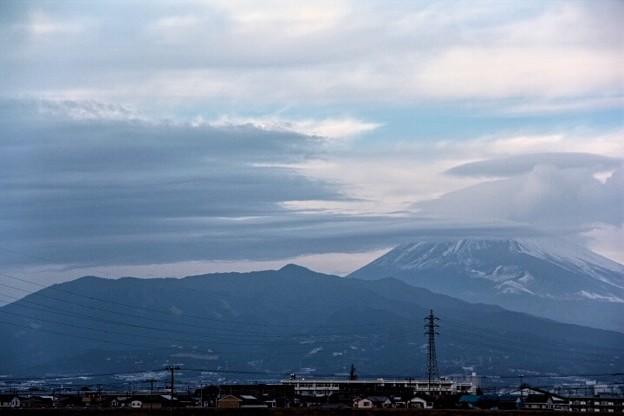 1月29日静岡県田方郡函南町からの夕方富士山~吊るし雲がいい感じです(^ ^)
