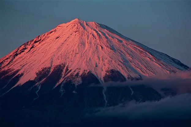 写真: 2月25日富士宮市からの夕方富士山~ 綺麗な紅富士でした(^ ^)