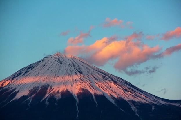 Photos: 3月8日富士宮市からの夕方富士山~ 雲がいい感じでしたね(^ ^)