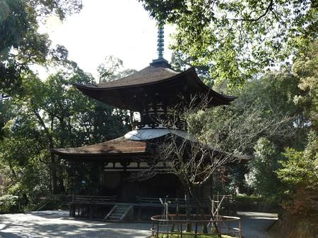 石山寺63 日本最古の多宝塔―落ち着いた風情