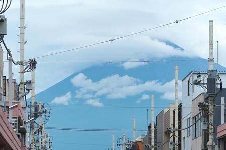 2014.08.03 富士市 本町商店街から 富士山