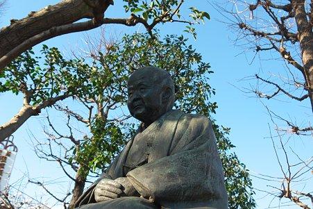 2011.01.09 浅草寺  瓜生岩子像