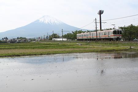御殿場線と富士山