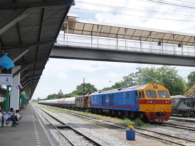 084 東本線の貨物列車 タイ国鉄、HID.4507