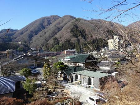 161231-08神社から温泉街
