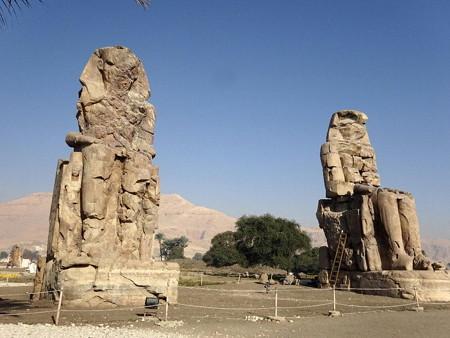 170212-04メムノンの巨像