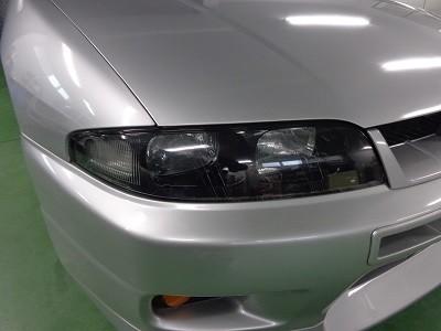 33GTRヘッドライト磨き