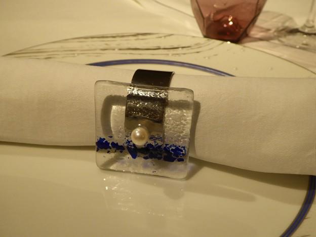 ディナーの始まりに真珠
