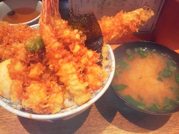 天丼とお味噌汁
