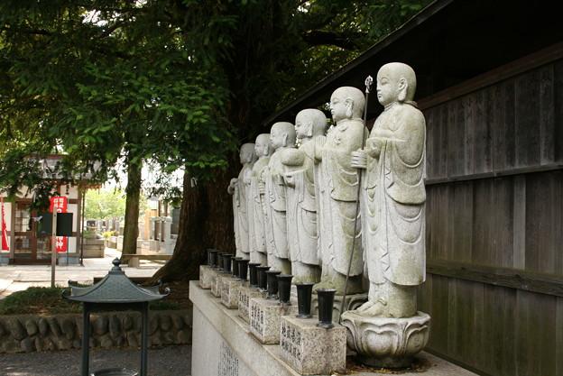 石田寺 六地蔵尊