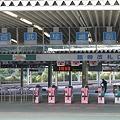 写真: 西武球場前駅