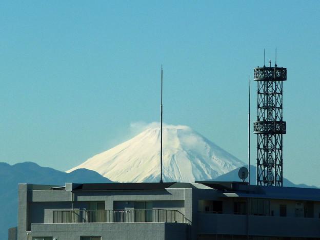 写真: ベランダから富士山