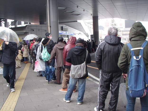 110315 仙台駅東口バス案内所_P3150250