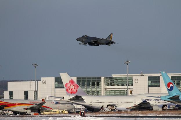 AV-8B WH-03 takeoff