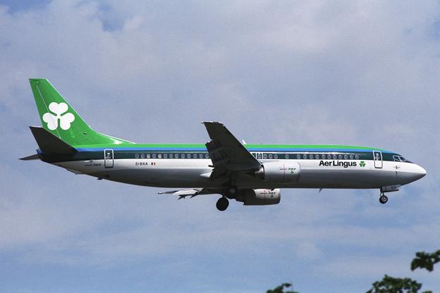 B737-400 EI-BXA AirLingus LHR 1989Jul
