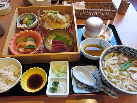 松茸膳1680円