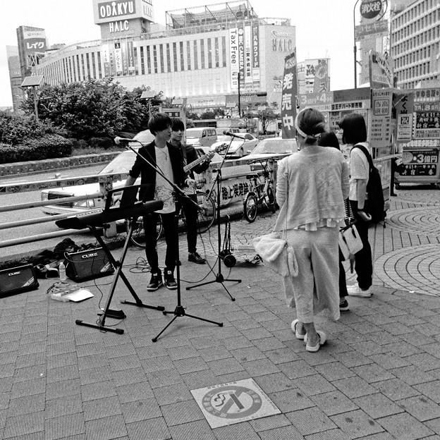路上ライブ開演前