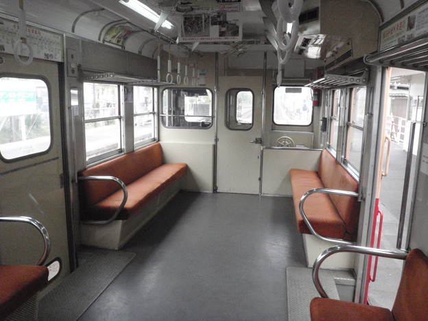 Photos: Kominato / 小湊鉄道、キハ200形の車内