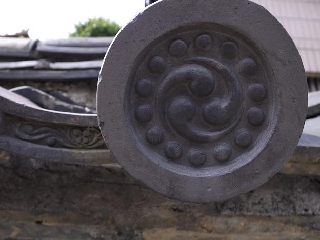 観音寺の築地塀