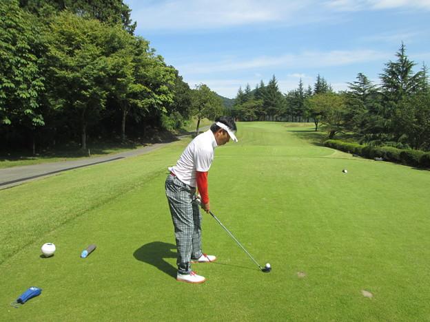 足利城ゴルフ倶楽部3番ショートホール鉄人のアドレス2014.9.23