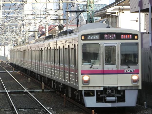 京王7000系LED車(7725F) 準特急京王八王子行きl