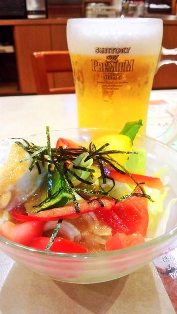 ガスト ( 成増店 ) 豆腐サラダ & ビール