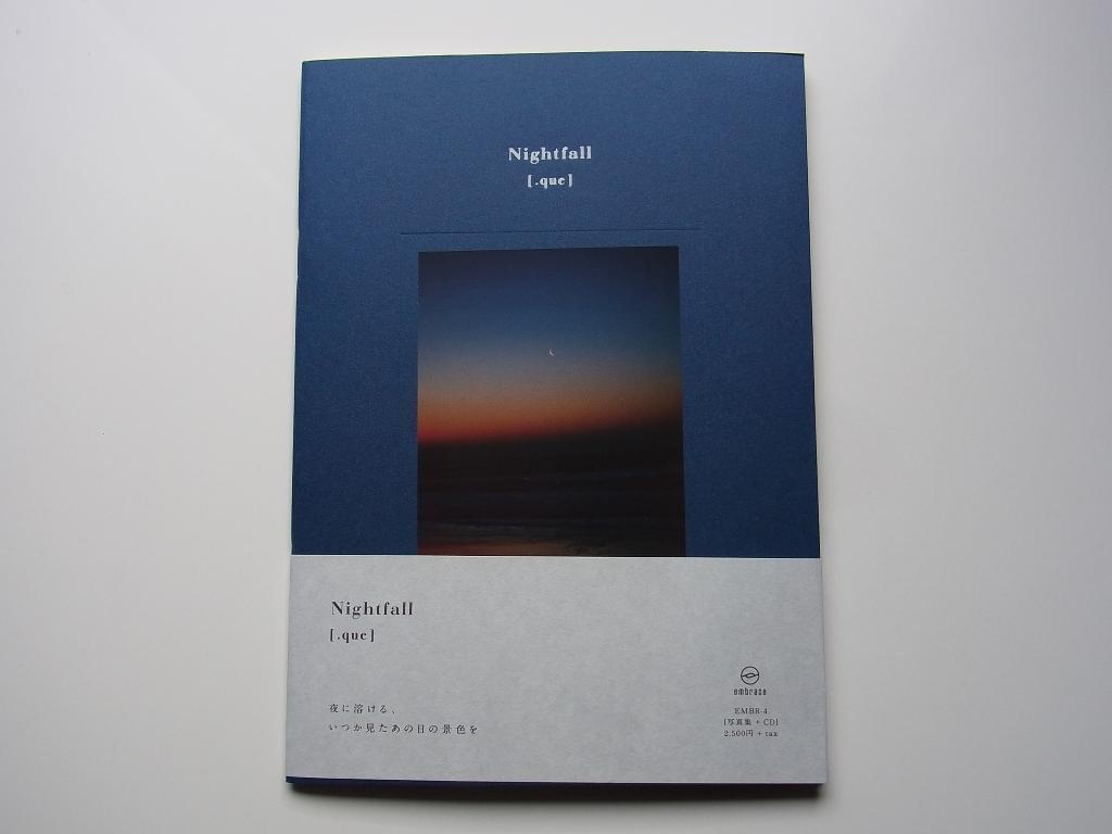 [.que] 『Nightfall』は写真集+CDです。