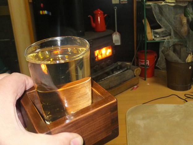 ホットウイスキーとストーブ