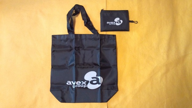 エイベックス avex group バッグ 表面デザイン
