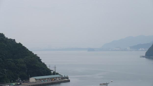 長浜城(沼津市営 長浜城跡史跡公園)遠く、三枚橋城