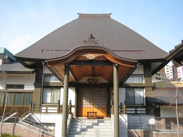 覚林寺(清正公。白金台)本堂
