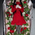Photos: 棺桶に入ったバスガイド衣装姿のREINA