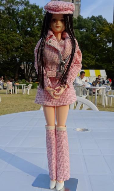 Photos: 第21回鉄道フェスティバルに来場したJ5用ファッションウェア姿のREINA