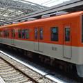写真: 阪神電車8000系