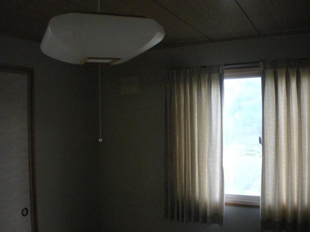 2609 2階和室 天井照明(4)