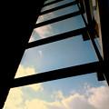 写真: 空への階段