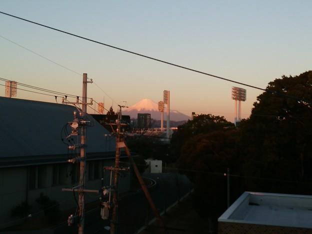 Photos: 夕焼けの富士山。