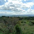 写真: 瀬の本高原を見下ろす(2)
