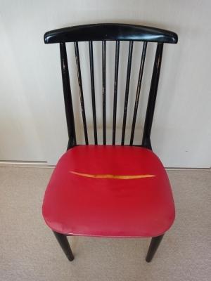 161023-1  椅子の張り替え1