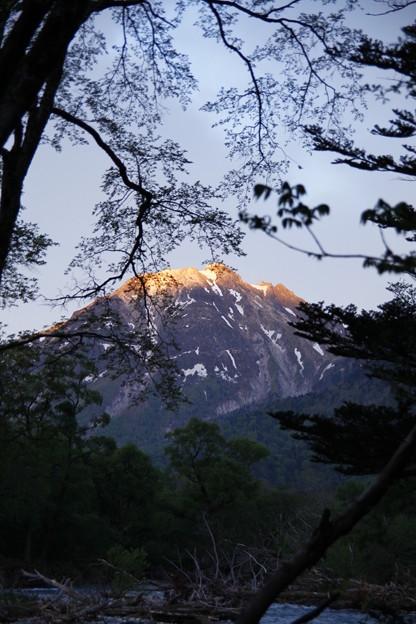 上高地から 焼岳の朝