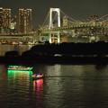 Photos: お台場 レインボーブリッジと屋形船