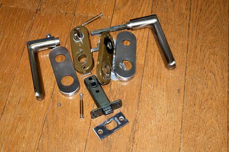 住宅屋内用レバーハンドル錠