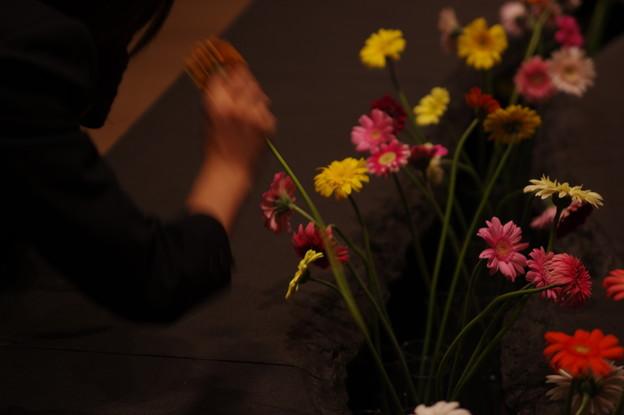 花を捧ぐ何方
