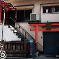 Photos: 住居一体型の祠-3107